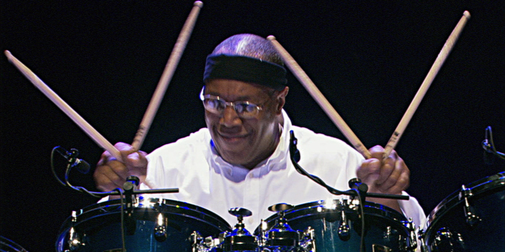 "George Duke, Billy Cobham ""Rush Hour"" (Live Video)"