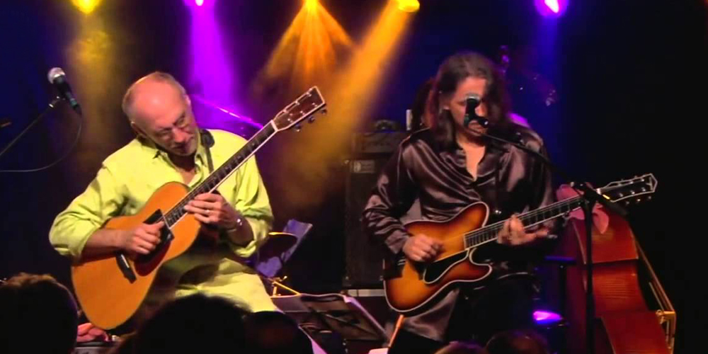 "Larry Carlton and Robben Ford ""Cold, Cold"" Live Video"