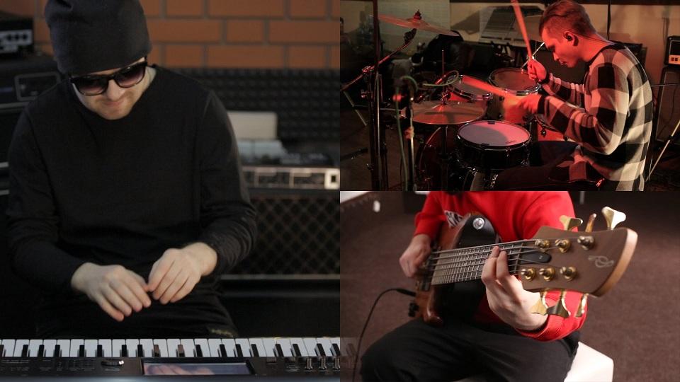 """Valeriy Stepanov, Jay Stave, Paul Kholodyanskiy """"The Chicken"""""""